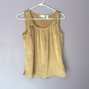 😁Chico's Gold size 0 top